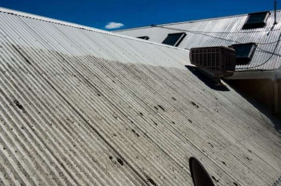 how to clean colorbond roof